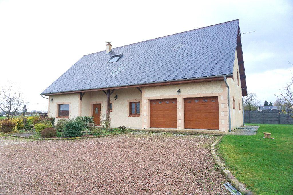 Maison à vendre 10 300m2 à Gournay-en-Bray vignette-1