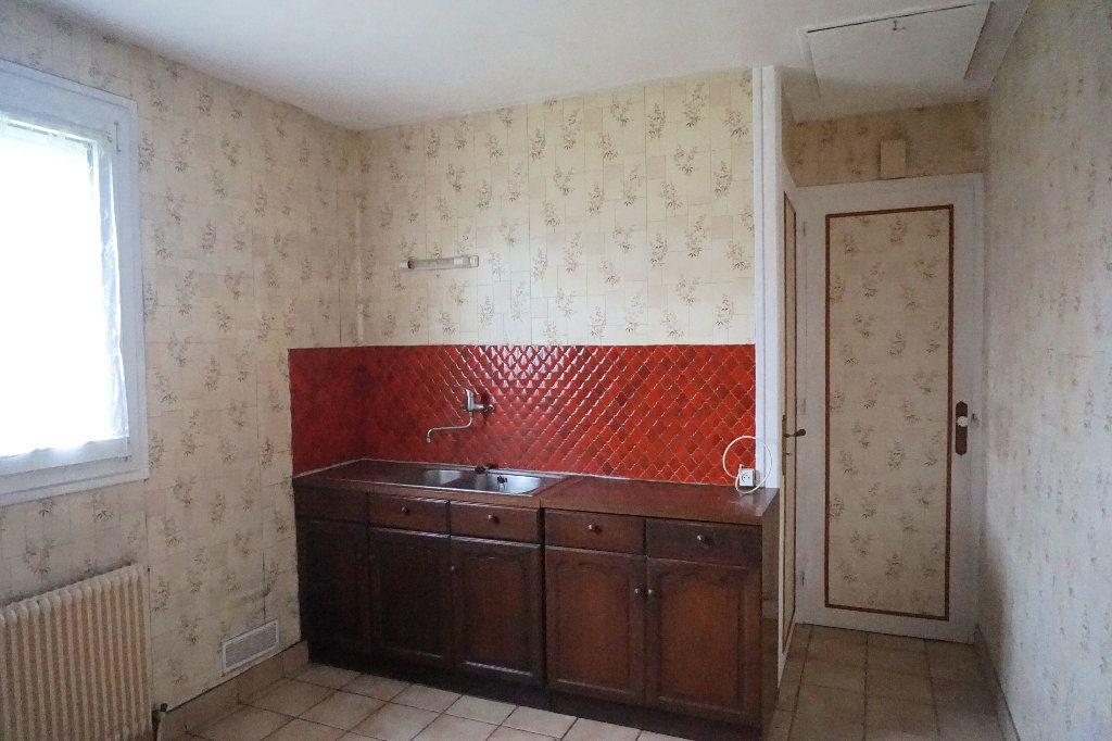 Maison à vendre 5 78m2 à Saint-Germer-de-Fly vignette-4