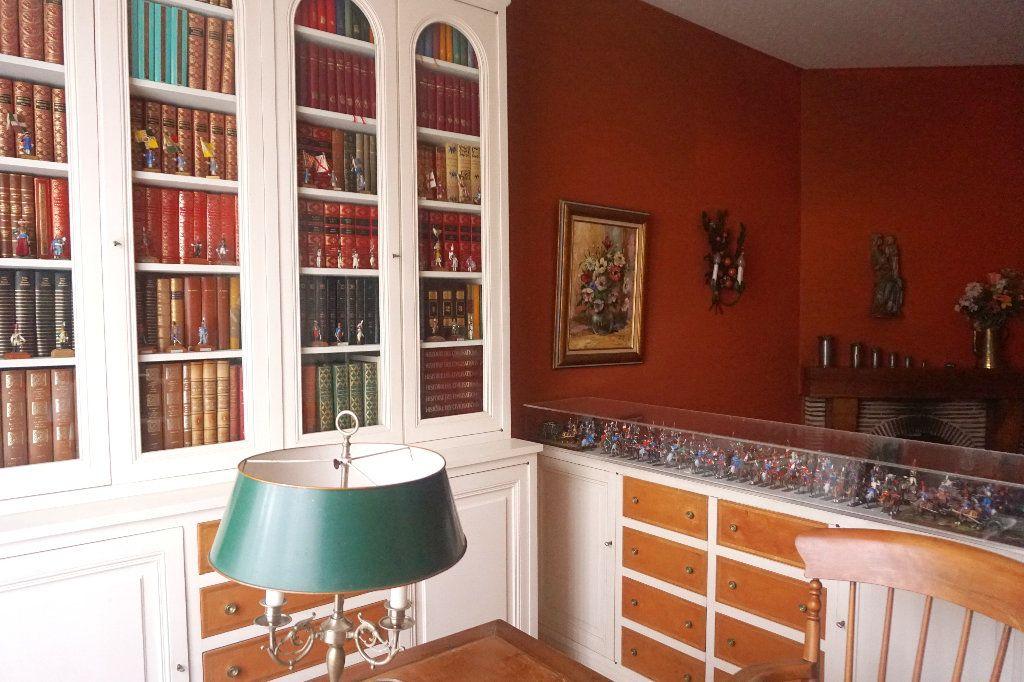 Maison à vendre 10 206m2 à Gournay-en-Bray vignette-4