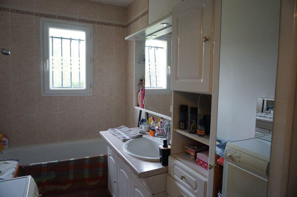 Maison à vendre 5 79.4m2 à Saint-Germer-de-Fly vignette-5