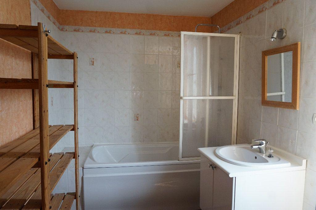 Maison à vendre 9 172m2 à Bézancourt vignette-10