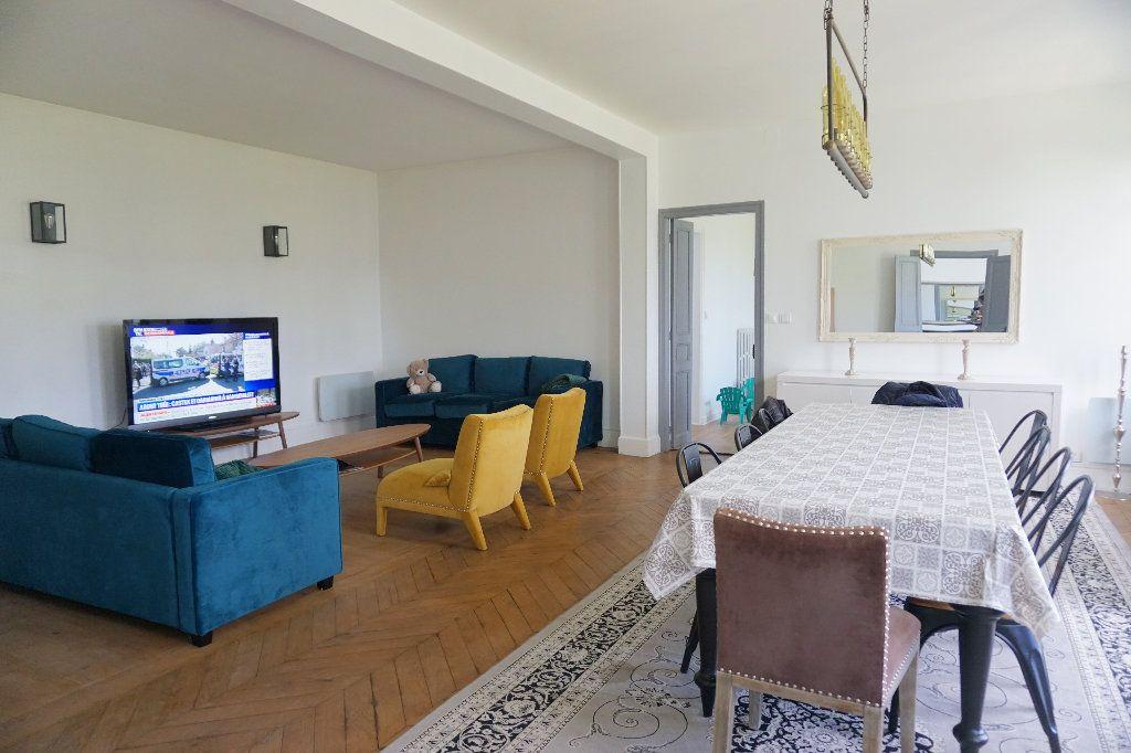 Maison à vendre 9 220m2 à Forges-les-Eaux vignette-2
