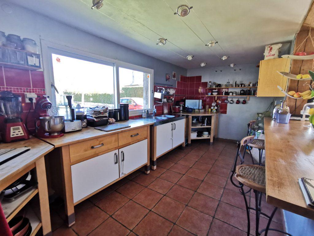 Maison à vendre 7 166m2 à Étrépagny vignette-2