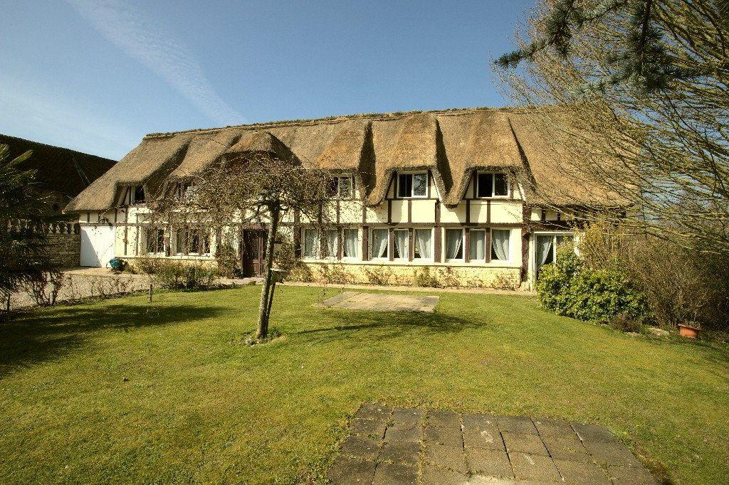 Maison à vendre 7 211m2 à Gournay-en-Bray vignette-1