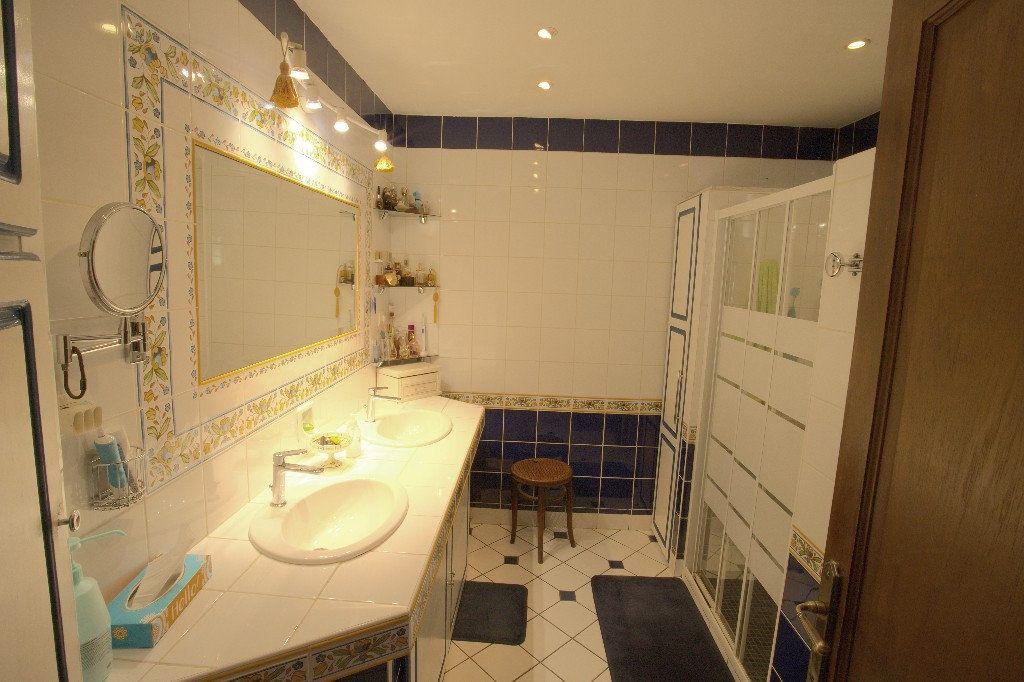 Maison à vendre 7 211m2 à Gournay-en-Bray vignette-5