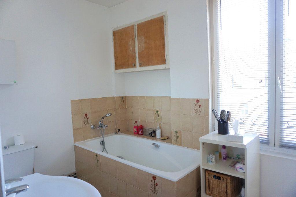 Maison à vendre 9 200m2 à Gournay-en-Bray vignette-12