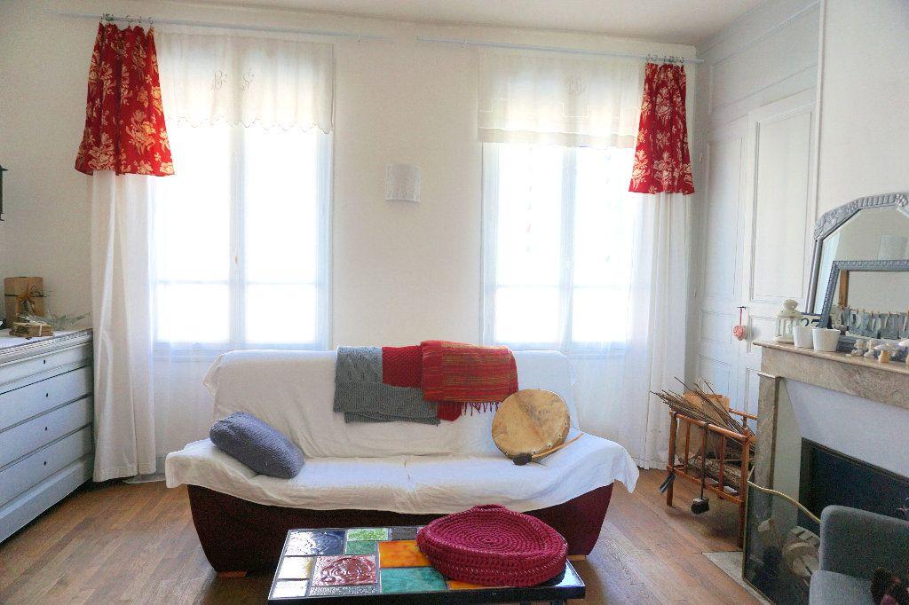 Maison à vendre 7 120m2 à Gournay-en-Bray vignette-3