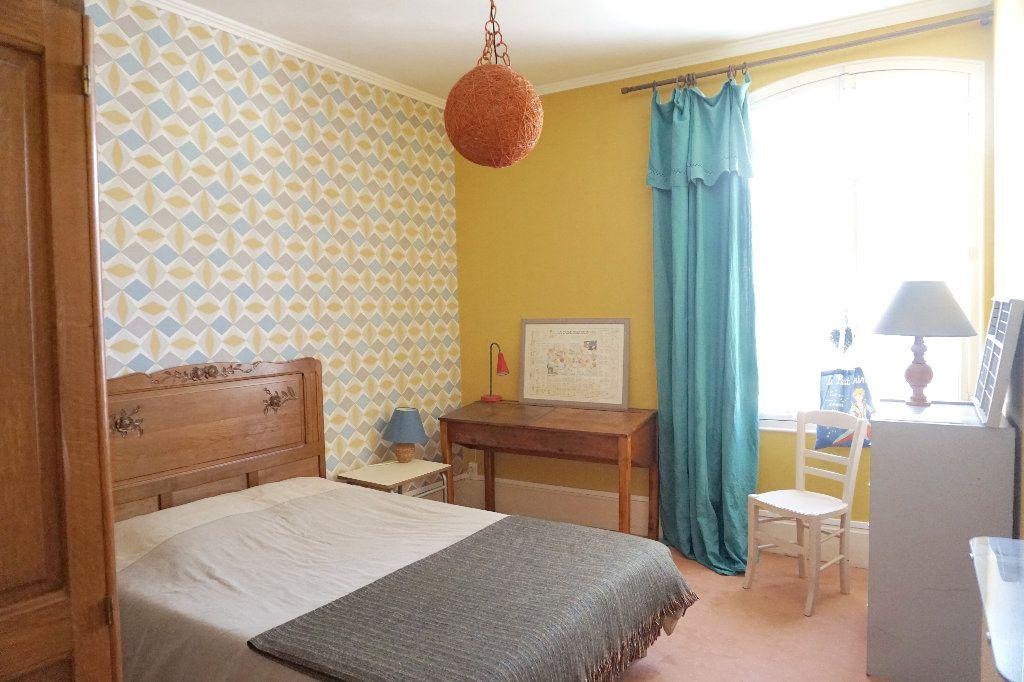Maison à vendre 7 120m2 à Gournay-en-Bray vignette-5