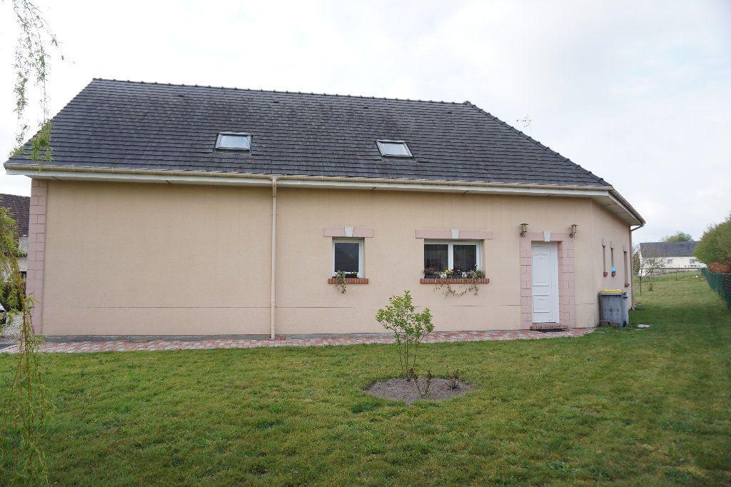 Maison à vendre 6 132.1m2 à Cuy-Saint-Fiacre vignette-2