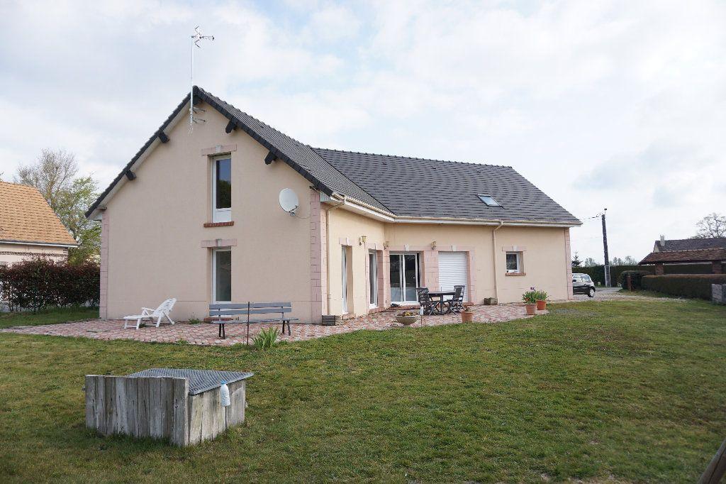 Maison à vendre 6 132.1m2 à Cuy-Saint-Fiacre vignette-3