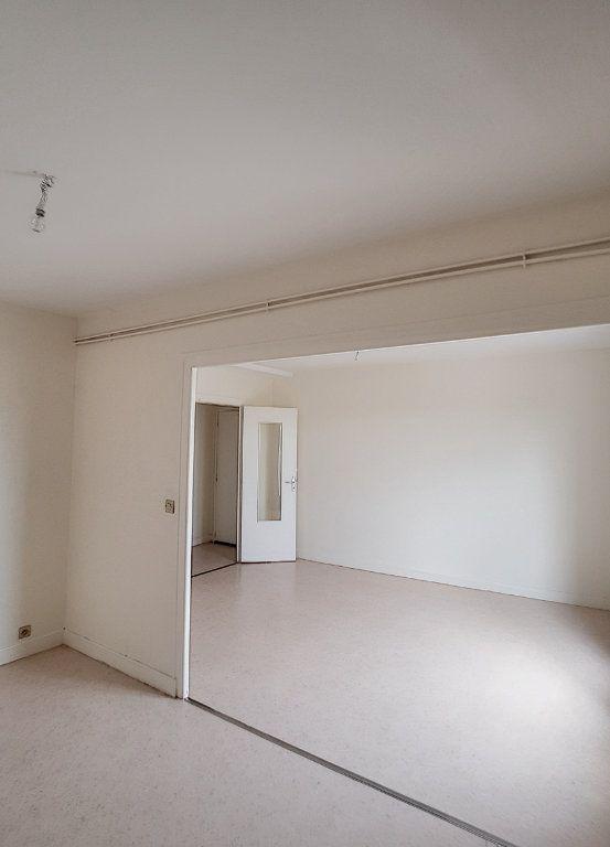 Appartement à louer 3 71m2 à Romorantin-Lanthenay vignette-6