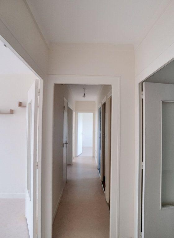 Appartement à louer 3 71m2 à Romorantin-Lanthenay vignette-8