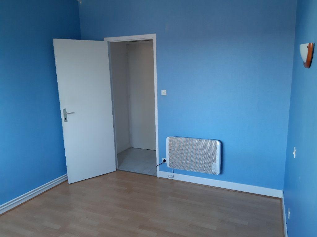 Appartement à louer 2 51.16m2 à Romorantin-Lanthenay vignette-4