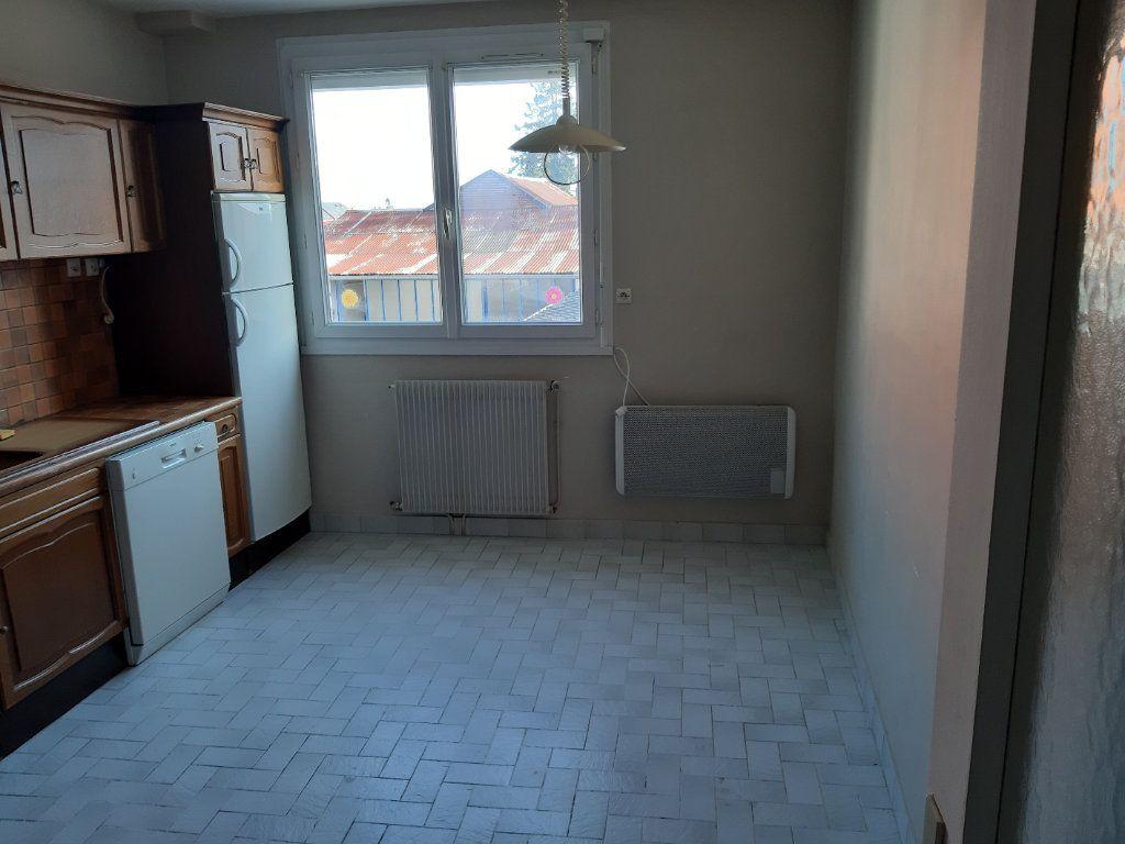 Appartement à louer 2 51.16m2 à Romorantin-Lanthenay vignette-6
