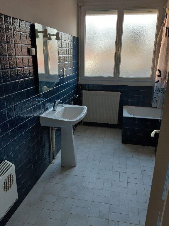 Appartement à louer 2 51.16m2 à Romorantin-Lanthenay vignette-7
