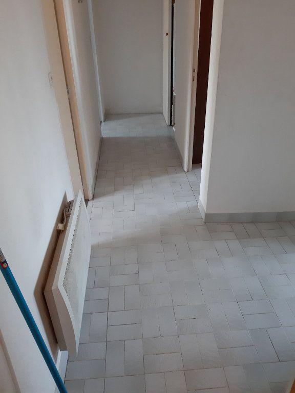 Appartement à louer 2 51.16m2 à Romorantin-Lanthenay vignette-10