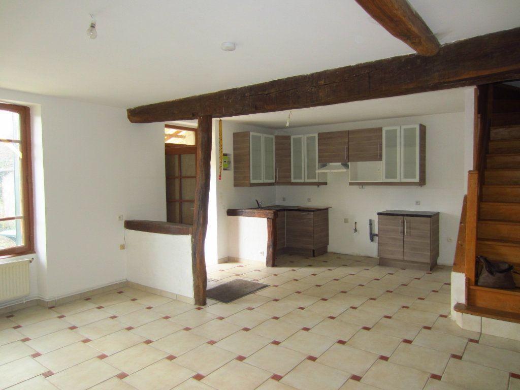 Maison à louer 4 97.87m2 à Selles-sur-Cher vignette-2