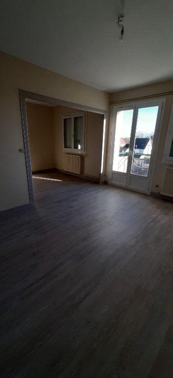 Appartement à louer 4 80m2 à Romorantin-Lanthenay vignette-3