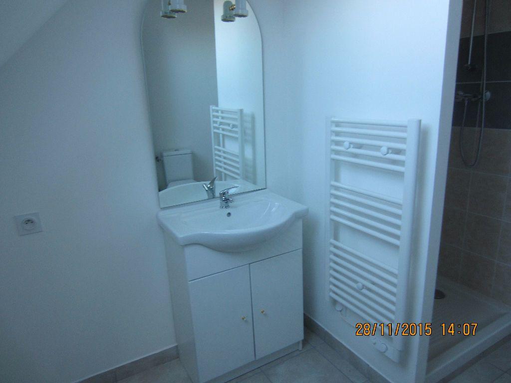 Appartement à louer 3 48m2 à Romorantin-Lanthenay vignette-12