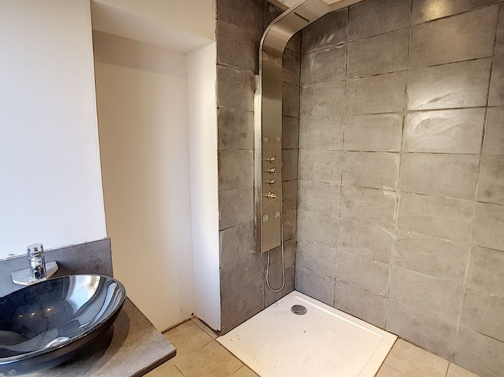 Maison à vendre 4 81m2 à Romorantin-Lanthenay vignette-4