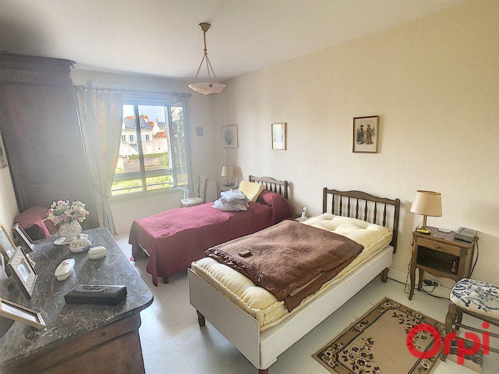 Appartement à vendre 3 92m2 à Romorantin-Lanthenay vignette-5