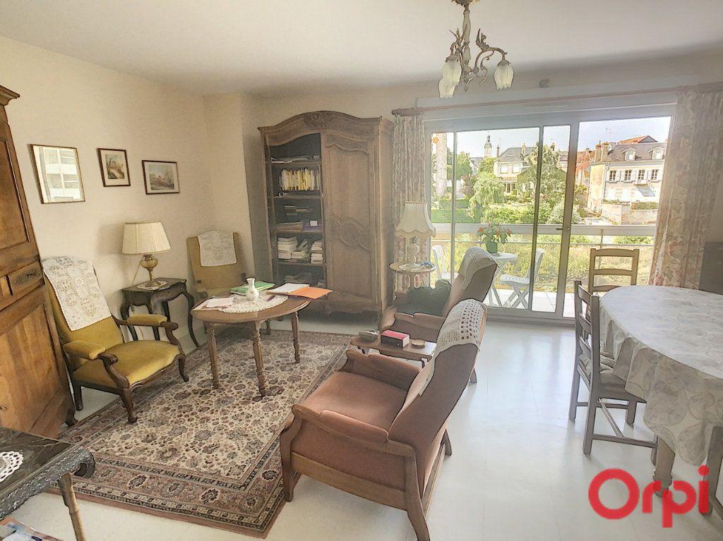 Appartement à vendre 3 92m2 à Romorantin-Lanthenay vignette-9