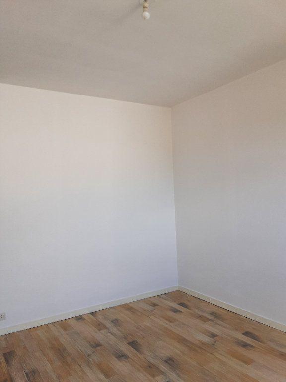Appartement à louer 3 85m2 à Romorantin-Lanthenay vignette-8
