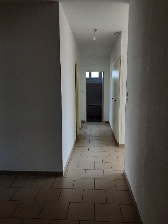 Appartement à louer 3 85m2 à Romorantin-Lanthenay vignette-9