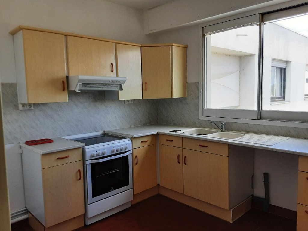 Appartement à louer 3 85m2 à Romorantin-Lanthenay vignette-10