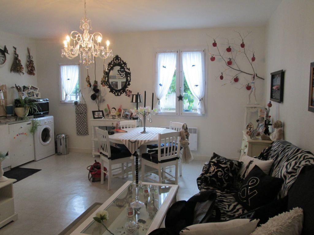 Appartement à louer 2 36m2 à Romorantin-Lanthenay vignette-2