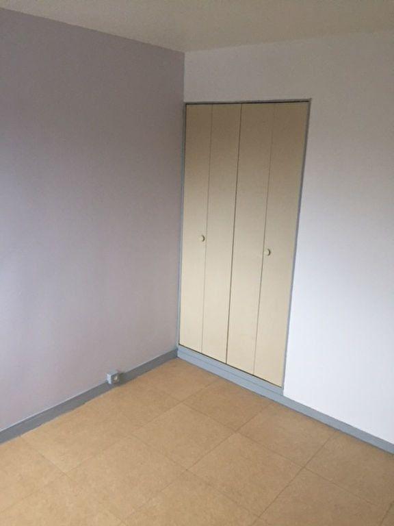 Appartement à louer 2 30.13m2 à Romorantin-Lanthenay vignette-5