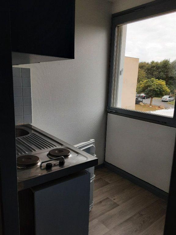 Appartement à louer 2 36.5m2 à Romorantin-Lanthenay vignette-1