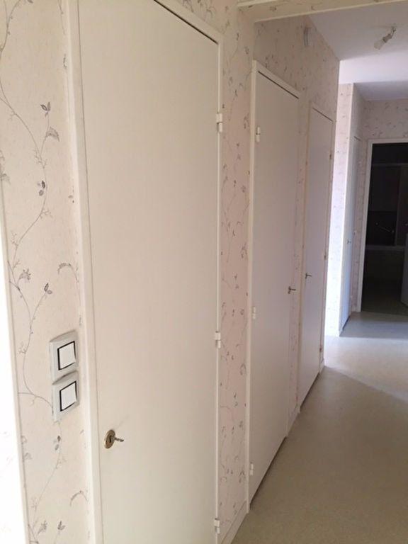 Appartement à louer 4 101m2 à Romorantin-Lanthenay vignette-8