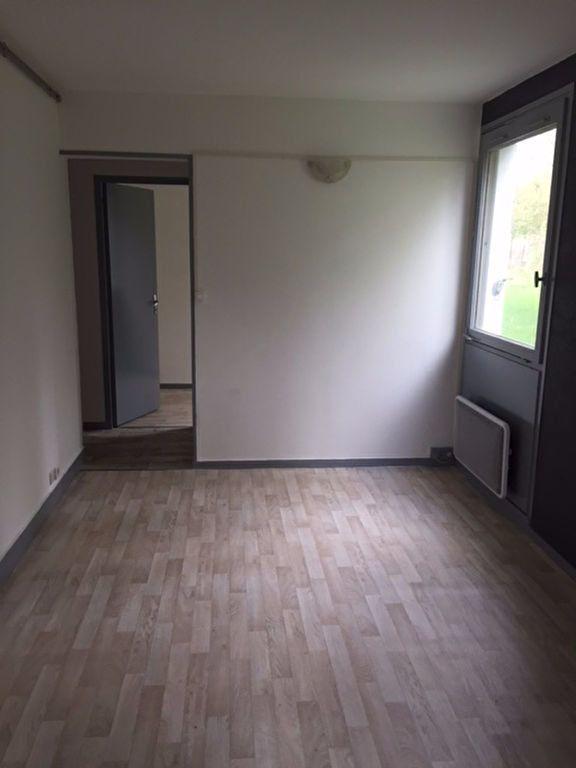Appartement à louer 2 27m2 à Romorantin-Lanthenay vignette-4