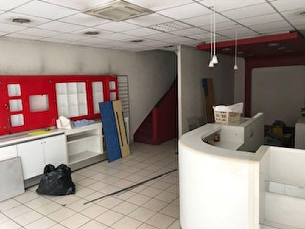 Immeuble à vendre 0 206.85m2 à Romorantin-Lanthenay vignette-3