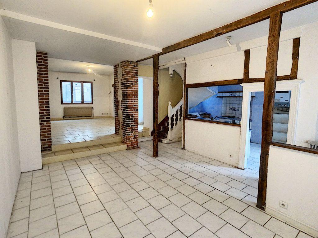 Maison à vendre 7 181.36m2 à Romorantin-Lanthenay vignette-1