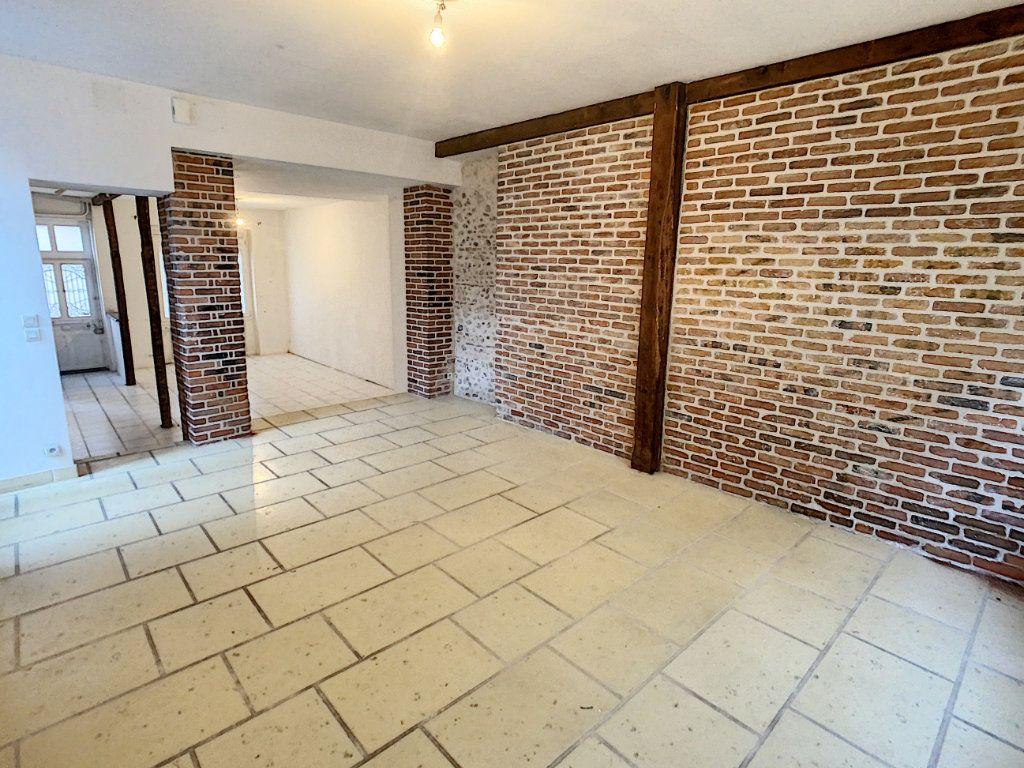 Maison à vendre 7 181.36m2 à Romorantin-Lanthenay vignette-3