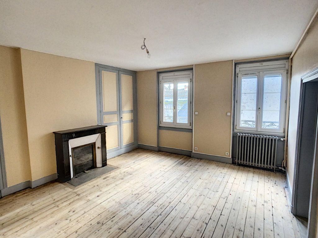 Maison à vendre 7 181.36m2 à Romorantin-Lanthenay vignette-8