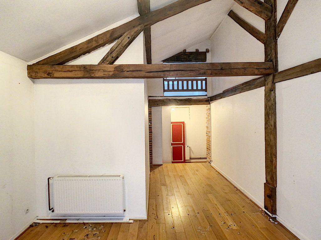 Maison à vendre 7 181.36m2 à Romorantin-Lanthenay vignette-11