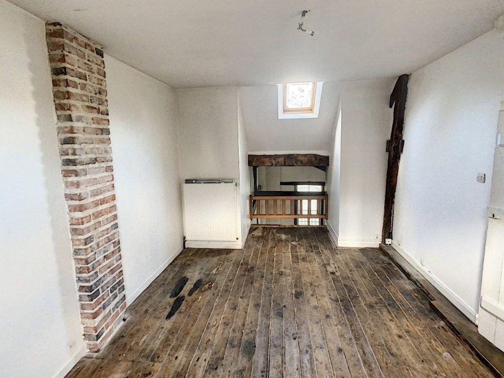 Maison à vendre 7 181.36m2 à Romorantin-Lanthenay vignette-18