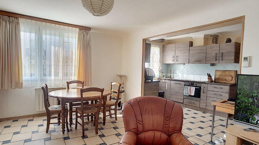 Maison à vendre 4 85.95m2 à Saint-Aignan vignette-1