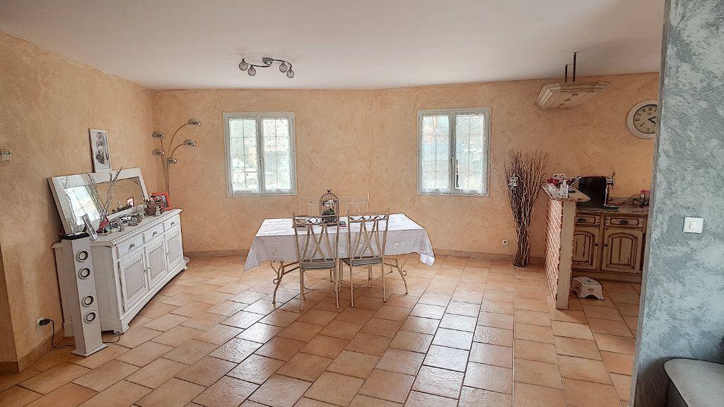 Maison à vendre 6 147.53m2 à Gièvres vignette-4