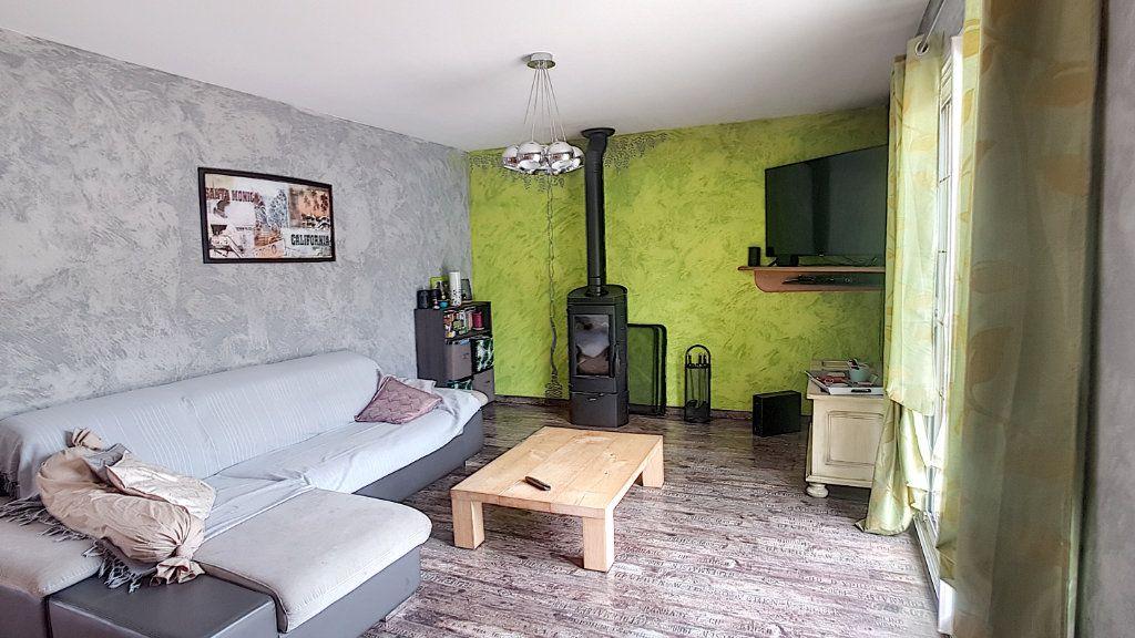 Maison à vendre 6 147.53m2 à Gièvres vignette-5