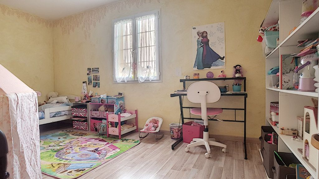 Maison à vendre 6 147.53m2 à Gièvres vignette-9
