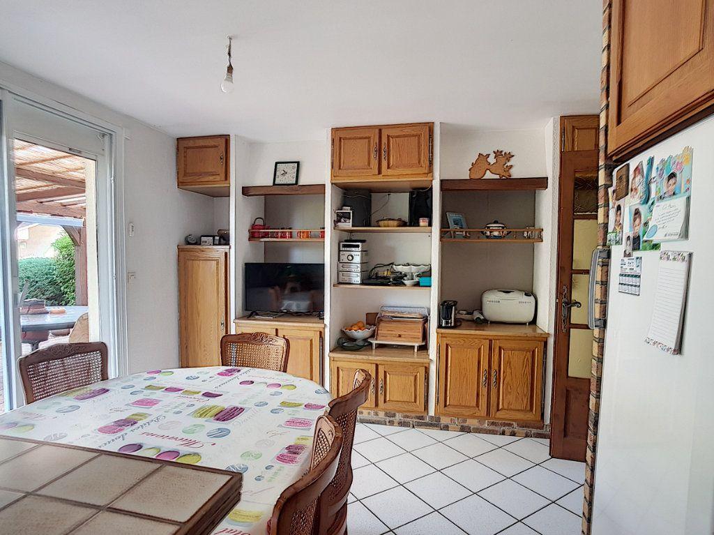 Maison à vendre 5 116m2 à Chabris vignette-5