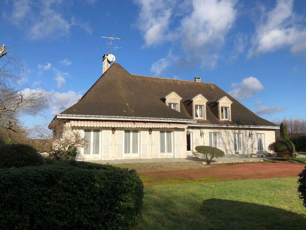Maison à vendre 8 388m2 à Romorantin-Lanthenay vignette-8