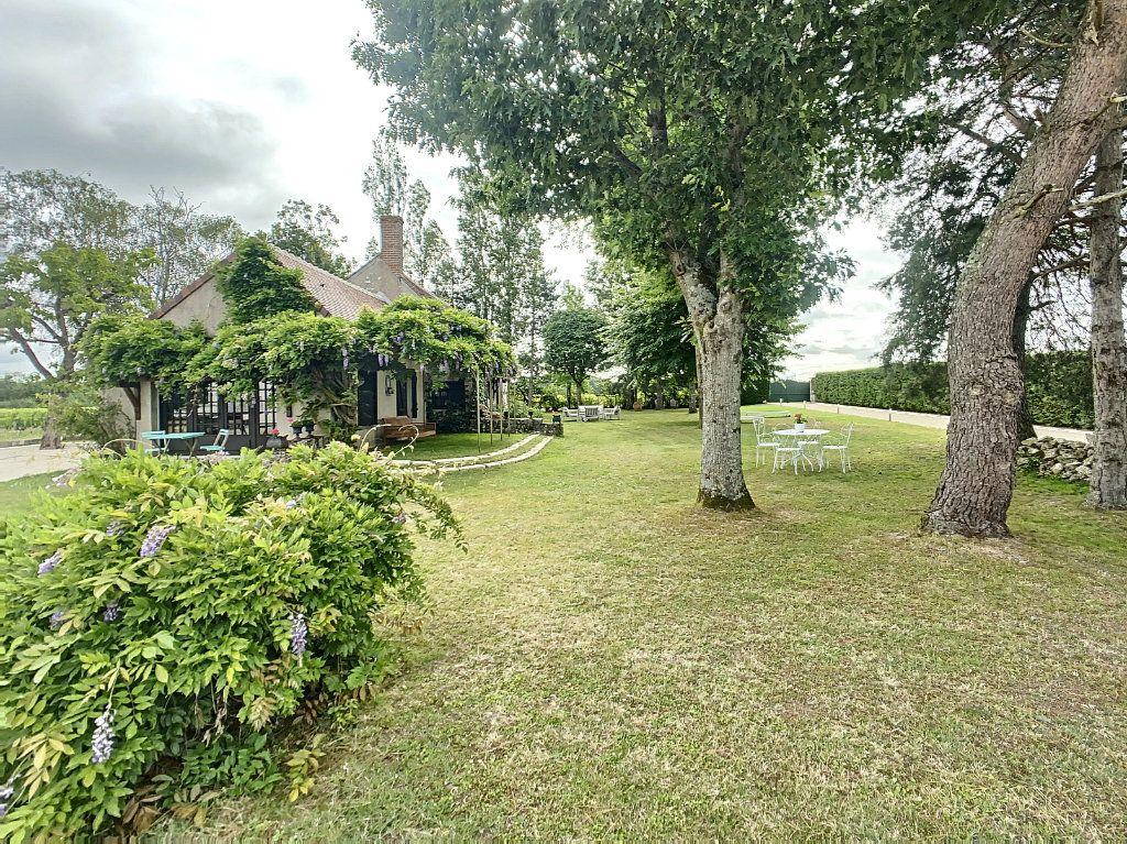 Maison à vendre 5 159m2 à Chémery vignette-2