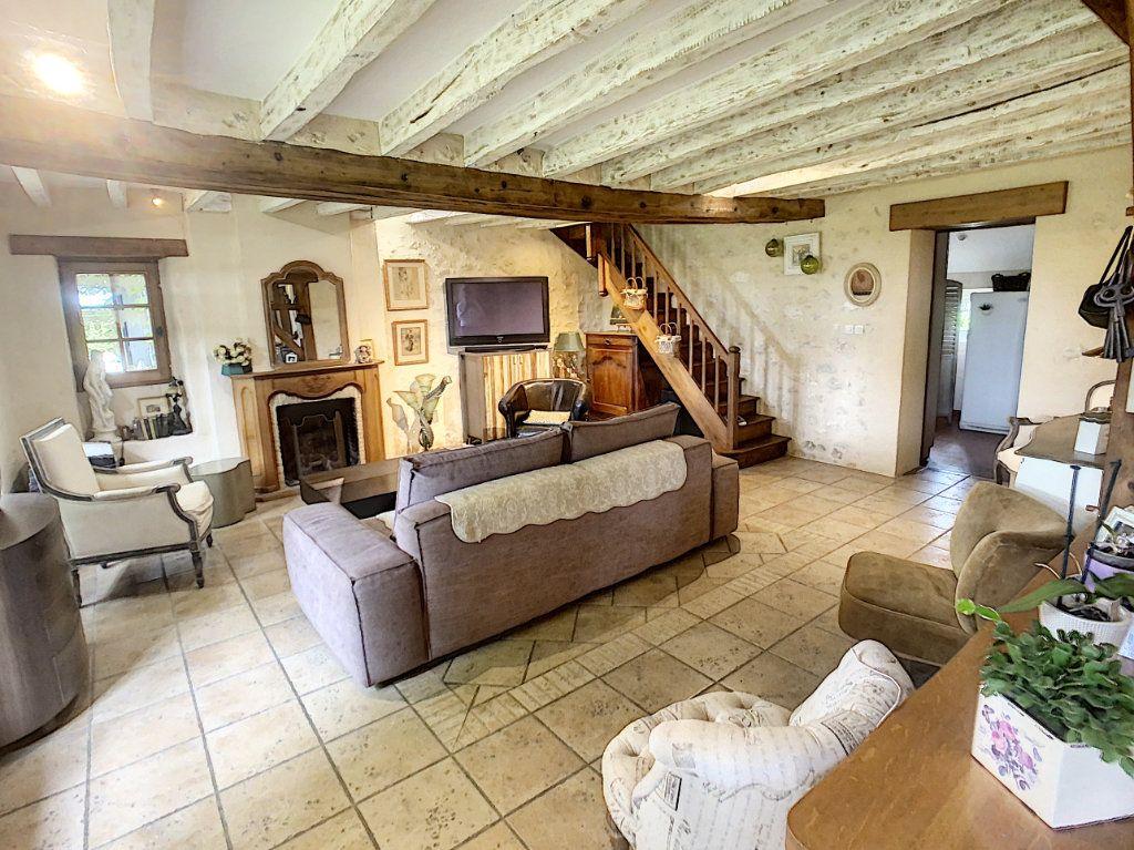Maison à vendre 5 159m2 à Chémery vignette-3