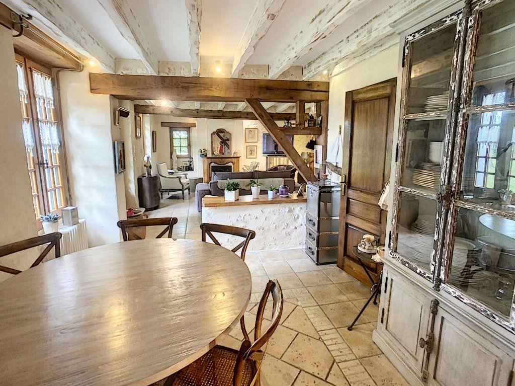 Maison à vendre 5 159m2 à Chémery vignette-4