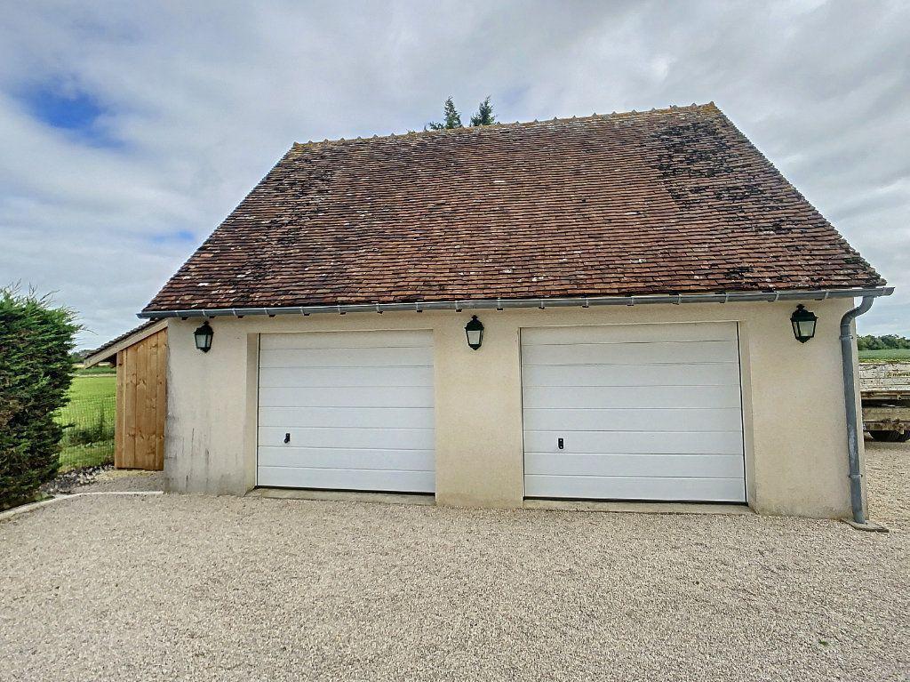 Maison à vendre 5 159m2 à Chémery vignette-11
